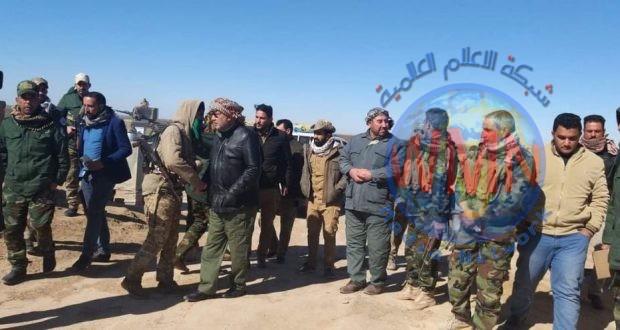 آمر اللواء 21 للحشد يستطلع المناطق المحيطة بجبال حمرين ميدانيا لتأمين العوائل من هجمات داعش