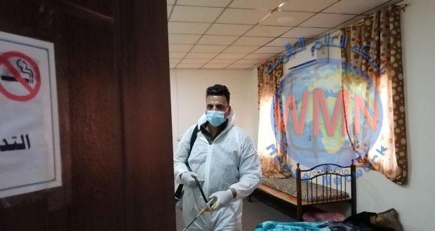 اللواء 22 يعفر ويعقم مقره بالمبيدات المضادة لفايروس كورونا