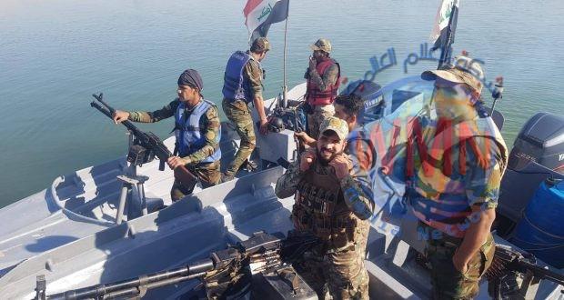 القوة النهرية للواء 23 بالحشد الشعبي تطهر اطراف بحيرة حمرين شرق بعقوبة