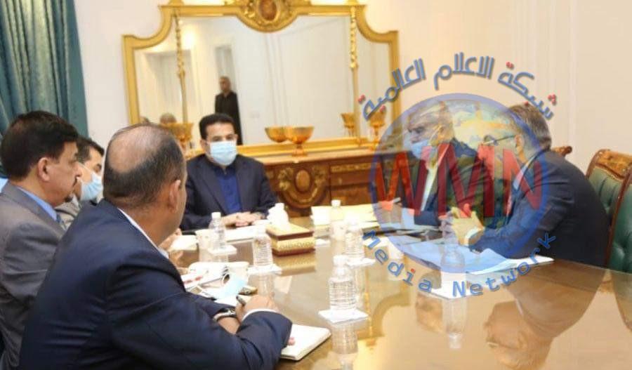 مستشار الأمن الوطني السيد قاسم الأعرجي يعقد اجتماعا مع وكيل وزير الهجرة والمهجرين لمتابعة ملف النازحين