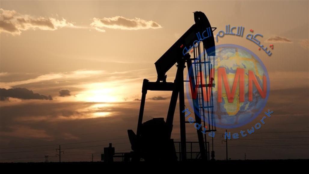 النفط يرتفع لاعلى مستوى له منذ اب الماضي على خلفية تقدم اللقاح