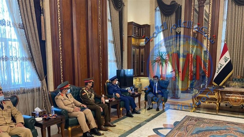 رئيس هيئة الأركان في الجيش السعودي يصل إلى العراق في زيارة رسمية