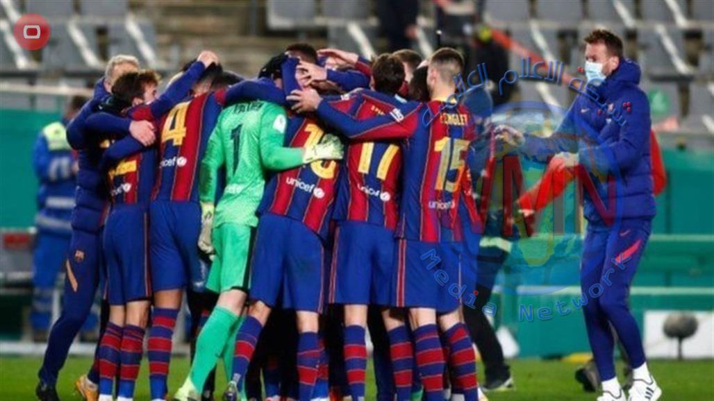 """رابطة """"الليغا"""" تفتح تحقيقا مع لاعبي برشلونة بسبب """"وجبة غداء ميسي"""""""