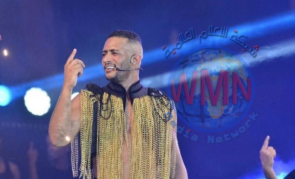 """محمد رمضان يتعرض لانتقادات بعد نشره صورة """"غير لائقة"""" من داخل طائرته الخاصة"""